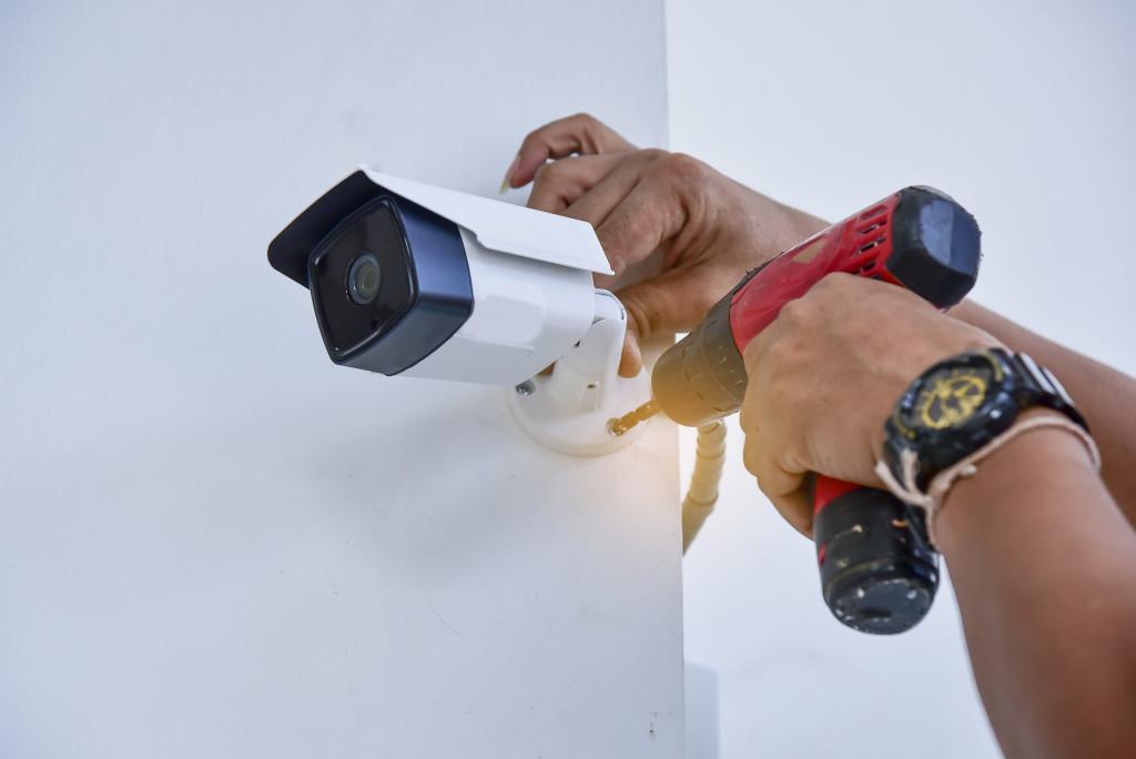 installing security camera